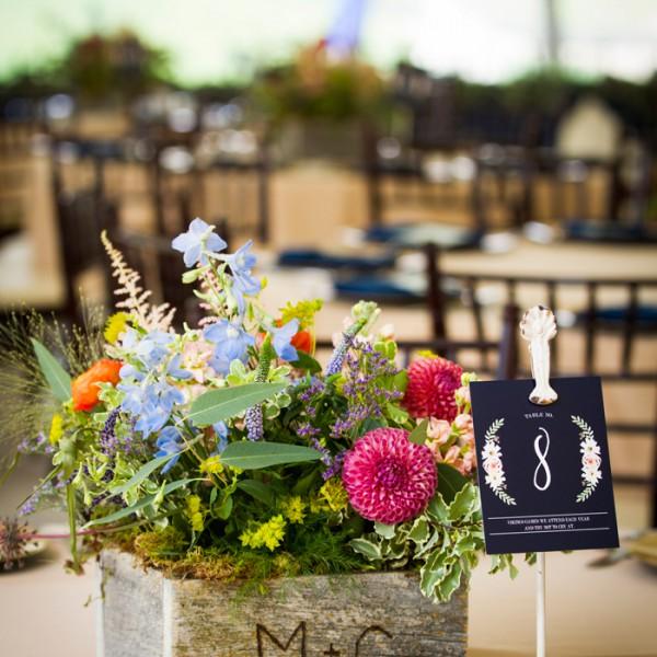Melissa & Casey's Big Sky Wedding Flowers